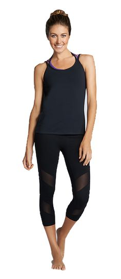 Complete Fabletics Outfit - Sicily for £26 includes black capris with mesh inserts, bra and a top! #fabletics #fitness #runningtights #capris #tights