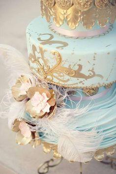 Awesome aquamarine and gold wedding cake