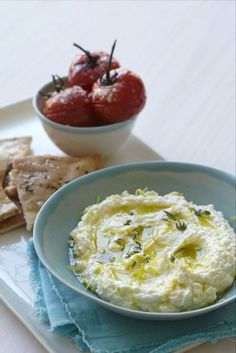 Lemon and feta dip by Sweet Paul - delicious! and easy - feta, 1 tbsp lemon juice, 1 clove garlic, 6 tbsp olive oil, fresh thyme.also great with chicken Greek Recipes, Dip Recipes, Appetizer Recipes, Cooking Recipes, Yummy Appetizers, Recipies, I Love Food, Good Food, Yummy Food