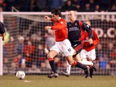 Ruud Van Nistelrooy, Football, Running, Sports, Soccer, Hs Sports, Futbol, Keep Running, Why I Run