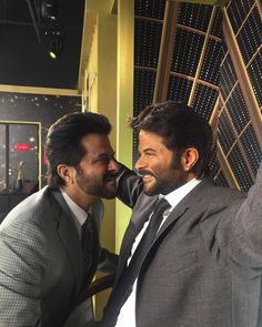 Anil Kapoor unveils his wax statue at Madame Tussauds in Singapore - IndyTags Bollywood Girls, Bollywood Photos, Bollywood Stars, Bollywood Actress, Indian Celebrities, Famous Celebrities, Bollywood Celebrities, Celebs, British Royal Family Members