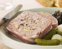 Pâté de campagne à l'ancienne http://www.cuisineaz.com/recettes/pate-de-campagne-a-l-ancienne-35740.aspx