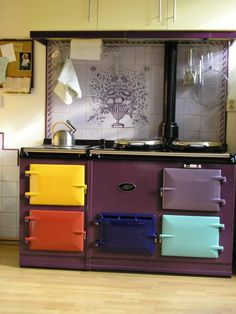 AGA - Oh this is so fun! What a clever way to customize your Aga cooker! Aga Kitchen, Kitchen Dining, Aga Stove, Rainbow Kitchen, Aga Cooker, Vintage Stoves, Cocinas Kitchen, My Dream Home, Home Kitchens
