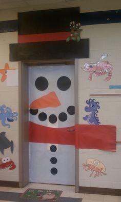 We're not allowed to decorate the door. In case I'm feeling rebellious.....Snowman door