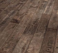 Wood floor from pallets
