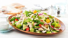 ¡Saborea un toque de frescura con esta combinación deliciosa y única! http://www.vvsupremo.com/recipe/ensalada-con-pollo-y-j%C3%ADcama #LoveMyQueso