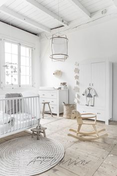 Flawless 22 Nursery Trends for 2017 https://mybabydoo.com/2017/10/09/22-nursery-trends-2017/ Textiles have an important part in a bohemian home. You just have to snip the fabric to receive it started, then you are able to rip down the amount of the fabric.