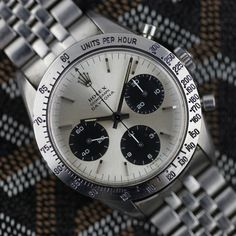 Rolex Cosmograph Daytona. Early model with push button non waterproof stems.