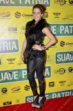 Claudia Álvarez alfombra roja SUAVE PATRIA