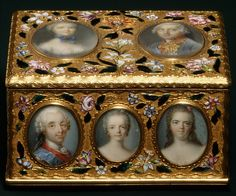Double snuffbox- Maker: Jean Ducrollay (French, born 1709, master 1734, recorded 1760) Date: 1749–50 Culture: French, Paris