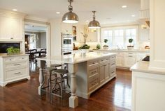 handome 2 tone kitchen | : Beautiful two tone u-shaped kitchen design with large kitchen ...
