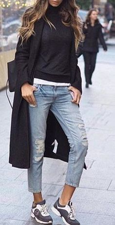 #fall #outfits ·  Black Trench & Sweater // Ripped Jeans // Sneakers