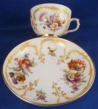 Rare KPM Berlin Porcelain Set of 6 Neuzierat Cup s & Saucer s Porzellan Tasse n