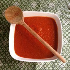 Dit recept voor rode pasta saus bewijst dat koken zonder pakje saus echt veel leuker, lekkerder en beter is!