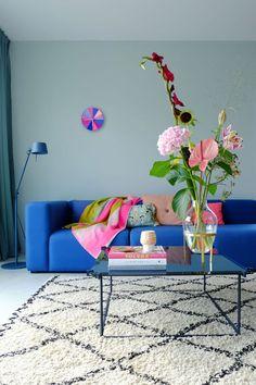Mags Sofa - HAY - Verkrijgbaar bij Pigment Interieur te Zottegem - www. Interior Exterior, Home Interior Design, Interior Styling, Interior Decorating, Cosy Living, Arrangements Ikebana, Living Room Decor, Living Spaces, Modernisme
