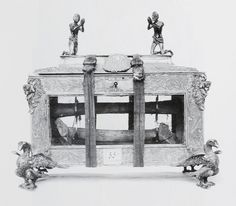 (1) Reliquary of Saint Stanislaus founded by Bishop Marcin Szyszkowski by Anonymous from Poland, ca. 1616-1621, Basilica of Saint Francis of Assisi, (2) Polish Eagle, fragment of silver goblet with Saint Catherine by Anonymous from Kraków, first quarter of the 17th century, Kremlin Museum, (3) Vera icon of Constance of Austria in a silver-gilt frame founded by Primate Jan Wężyk by Anonymous from Poland, 1630s, Diocesan Museum in Łowicz. #silver #gilt #artinpl #silversmithery Saint Francis, Francis Of Assisi, Saint George, St Michael, Casket, Persian Carpet, National Museum, Coat Of Arms, Middle Ages