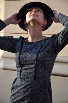 www.dressandcode.lv etsy.com/shop/dressandcode #dressandcode #dressandcoderiga #elegance #instafashion #awesome #femmeengris #femme #kiragoncarova #grey #dress #silouette #texture