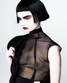 Gothic Girl Goth-Like Geisha Photoshoots : Emily Green by Henryk Lobaczewski