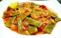 Ege'den mutfagimiza lezzetli bir konuk, zeytinyagli taze fasulte! Hafif ve…