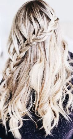 The Ultimate Hairstyle Handbook: Everyday Hairstyles for the. Braided Hairstyles For Teens, Teen Hairstyles, Creative Hairstyles, Everyday Hairstyles, Pretty Hairstyles, Wedding Hairstyles, Braid Hairstyles, Girls Braids, Cool Haircuts