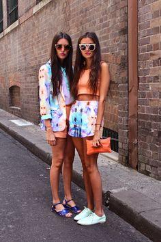 orange + pattern #city #white #blue #outfit #street