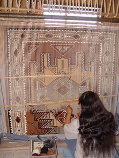One of the most complex and complicated designs in Navajo weaving. This style was influenced by the oriental rugs in the East, yet retain their native American symbolic style. Navajo Art, Navajo Rugs, Navajo Weaving, Loom Weaving, American Indian Art, Native American Art, American Indians, Textiles Techniques, Weaving Techniques