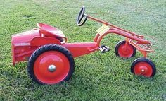 Allis-Chalmers G pedal tractor Pedal Tractor, Pedal Cars, Vintage Tractors, Old Tractors, Allis Chalmers Tractors, Kids Bicycle, Bicycle Pedals, Farm Toys, Unique Toys