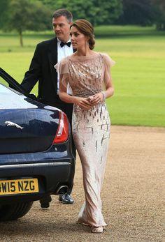 Otra que no ha parado este mes ha sido Kate Middleton. Cuando las agendas de las celebrities están repletas de compromisos, eso significa que tend...