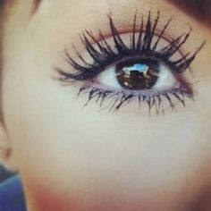 Love these long lashes!