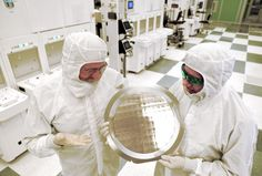 Beyond silicon: IBM unveils world's first 7nm chip | Ars Technica UK
