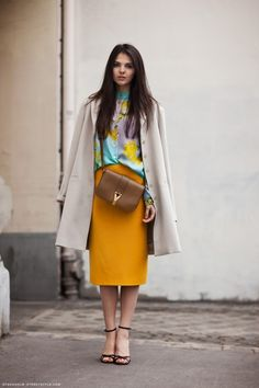 Someday I will work myself up to busting out a saffron coloured skirt.  Someday.