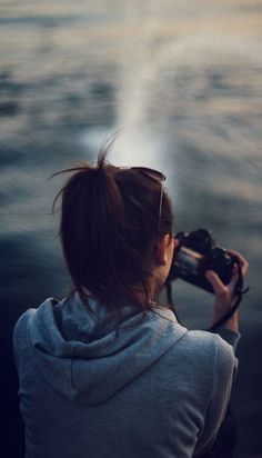 Fresh Dslr Photography Tips Taking Pictures Dslr Photography Tips, Girl Photography Poses, Outdoor Photography, Image Photography, Wildlife Photography, Travel Photography, Girls With Cameras, Photo Portrait, Foto Pose
