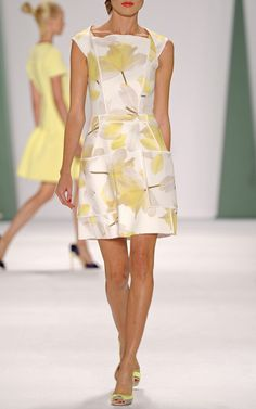 Carolina Herrera Spring/Summer 2015 Trunkshow Look 15 on Moda Operandi