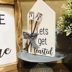 Fun Crafts To Do, Diy Home Crafts, Summer Crafts, Crafts To Sell, Diy Wooden Projects, Wood Block Crafts, Wood Crafts, Red White And Brew, I Love You S
