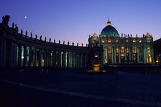 Vaticano, vista noturna. #roma #vaticano #turismo #viagem