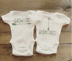 25 hilarious sets of baby onesies for twins