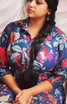 South Indian Actress Hot, Indian Actress Hot Pics, Beautiful Women Over 40, Beautiful Girl Image, Beautiful Bollywood Actress, Most Beautiful Indian Actress, Beauty Full Girl, Beauty Women, Dehati Girl Photo