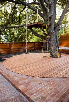 Casa Na Árvore: 60 Projetos Sensacionais Com Fotos P/ Você Se Inspirar Tree Houses, Anton, E Design, Closet, Outdoor Fun, Wooden Tree, Treehouse Kids, Farmhouse, Cottage