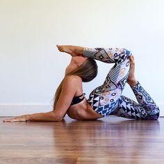 amateur yoga Flexible wife