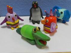 Забавные животные из киндер-сюрпризов / поделки из бросового материала / пластилин / детские поделки