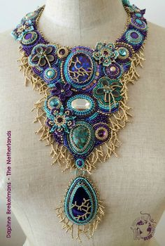 beadwork beadembroidery necklace