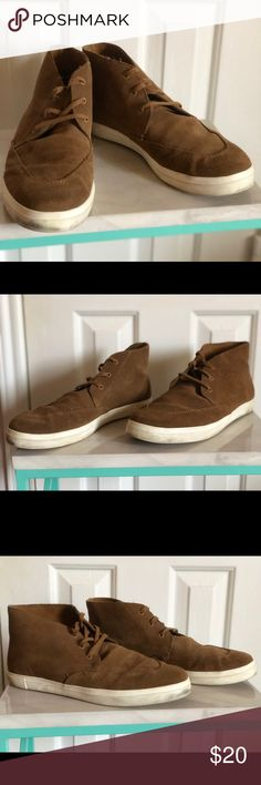 GAP suede sneakers Authentic GAP suede sneakers Lightly used and still in excellent condition to wear 😄 Size US 11 GAP Shoes Sneakers
