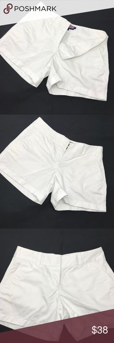 Vineyard Vines white shorts New without tags, amazing short cotton shorts, pink whale logo on the back, side pockets, size 4 Vineyard Vines Shorts