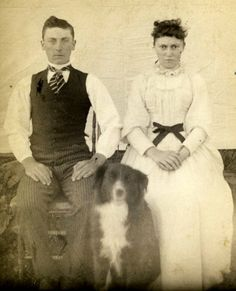 victorian couple with dog Antique Photos, Vintage Pictures, Old Pictures, Photographs Of People, Vintage Photographs, Border Collie Art, Victorian Life, Vintage Dog, Vintage Stuff