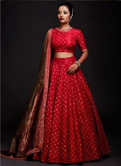 Kinas Designer Represent this Beautiful Designer Bridal Lehenga Choli in 2019 Indian Lehenga, Lehenga Style, Party Wear Lehenga, Silk Lehenga, Lehenga Blouse, Anarkali Lehenga, Bollywood Lehenga, Red Saree, Heavy Lehenga