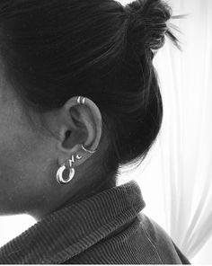 Emerald Earrings / Emerald / Emerald Cut Halo Earrings in Gold / Emerald Earrings Studs / Natural Emerald Earrings / Green Emerald - Fine Jewelry Ideas Emerald Earrings, Cluster Earrings, Stud Earrings, Cartilage Earrings, Piercing Tattoo, Body Piercing, Tongue Piercings, Cartilage Piercings, Ear Jewelry