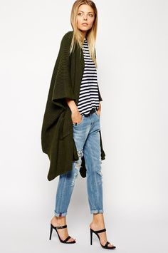 Buy ASOS Cape Cardigan In Rib at ASOS. Get the latest trends with ASOS now. Trendy Outfits, Fall Outfits, Fashion Outfits, Fall Transition Outfits, Cardigan Outfits, Kimono Cardigan, Long Cardigan, Fashion Corner, Fall Trends