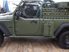 Jeep J8 Chrysler JGMS