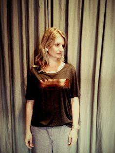 camiseta!  http://heroina-alexandrelinhares.blogspot.com.br/2015/02/patricia-veste-heroina-alexandre.html