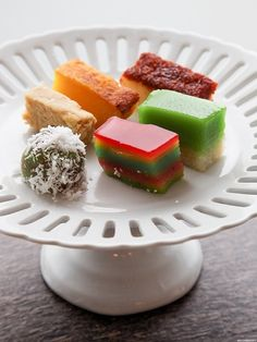 Assortment of kueh, confectionery from #Singapore. A must-try local sweet treats to mark your stay here. #foodart